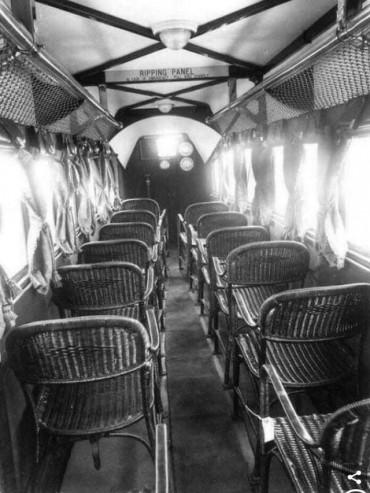 1930'larda çekilen yolcu uçağı fotoğrafı - diyedusunuyorumben-9yAKH